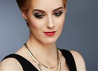 Make-up: Karolina Śniegowska, Modelka: Roksana Rackmann, fotografia: Piotr Pazdyka